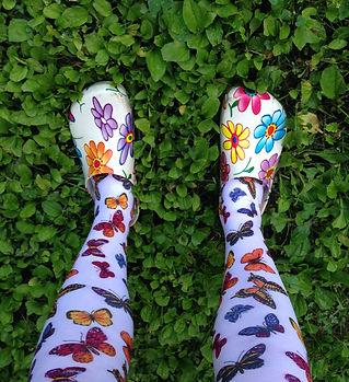 matching leggings + shoes.jpg