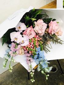 Soft pastels - large bouquet