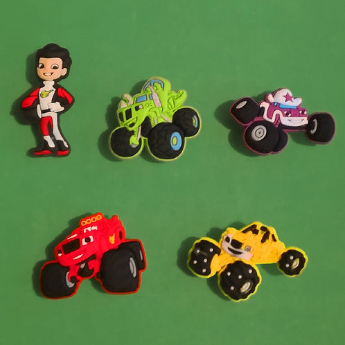 5pcs / Monster Trucks - 2D