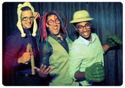 i-DJ Photobooth Fun