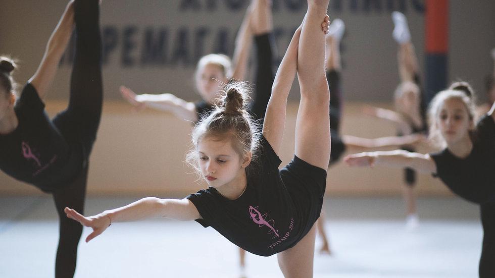 Girls' Born Wonderful Yoganastics