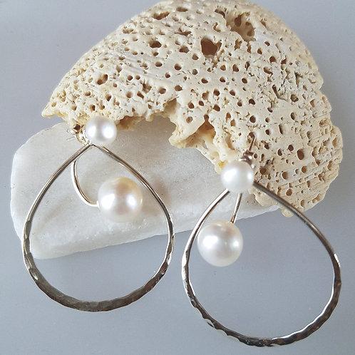 Pearl and hoop!