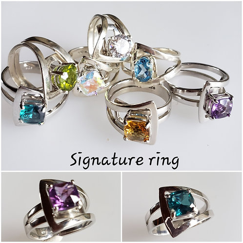 Mp's signature ring