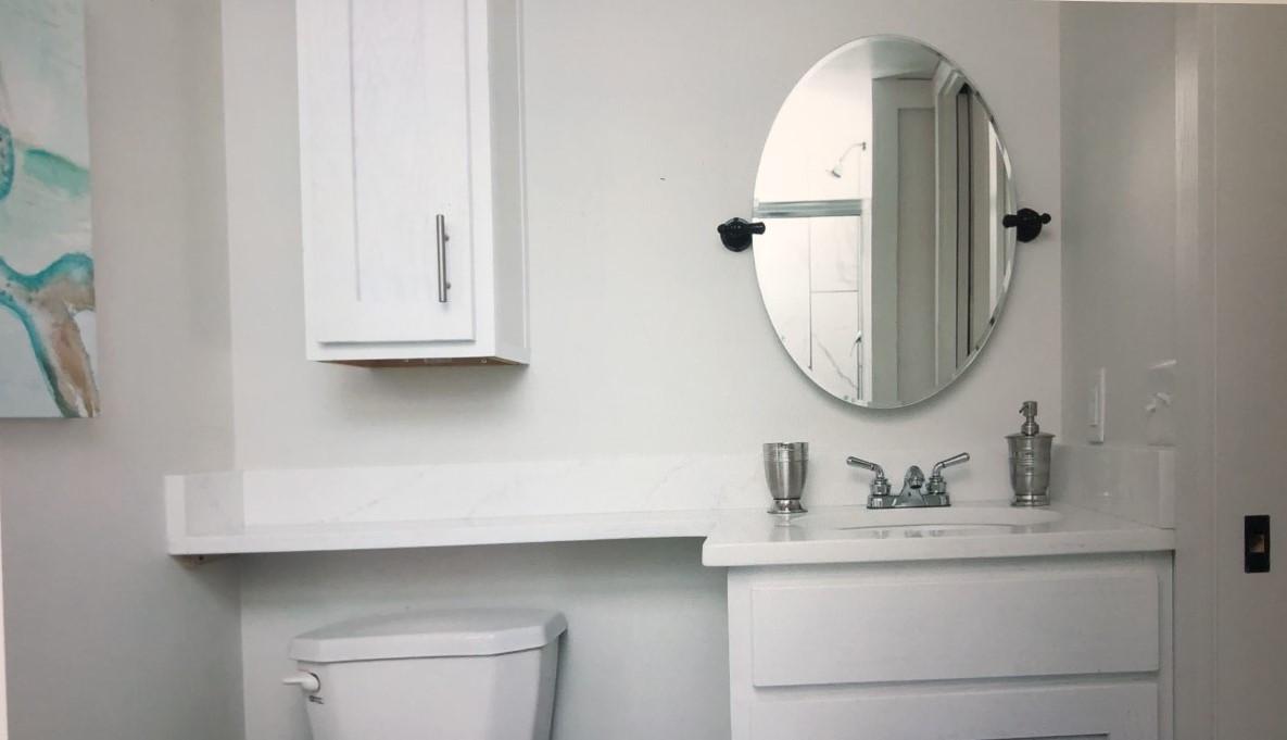 The Moss Bluff Bathroom
