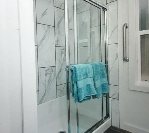 The Moss Bluff Shower