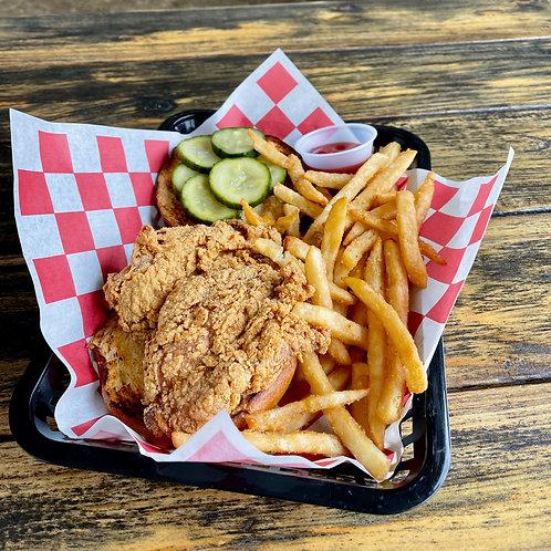 Crispy Chicken Sandwich w/ Choice of Side