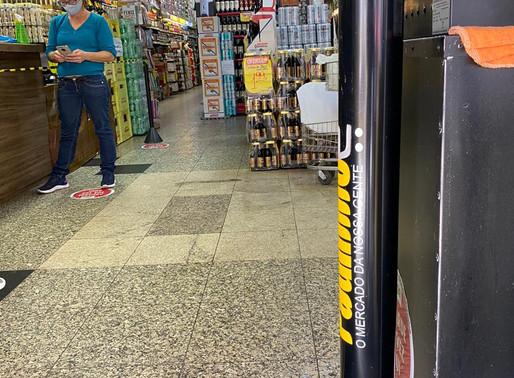 Supermercado Paulinho reforça a higienização e uso de EPIS