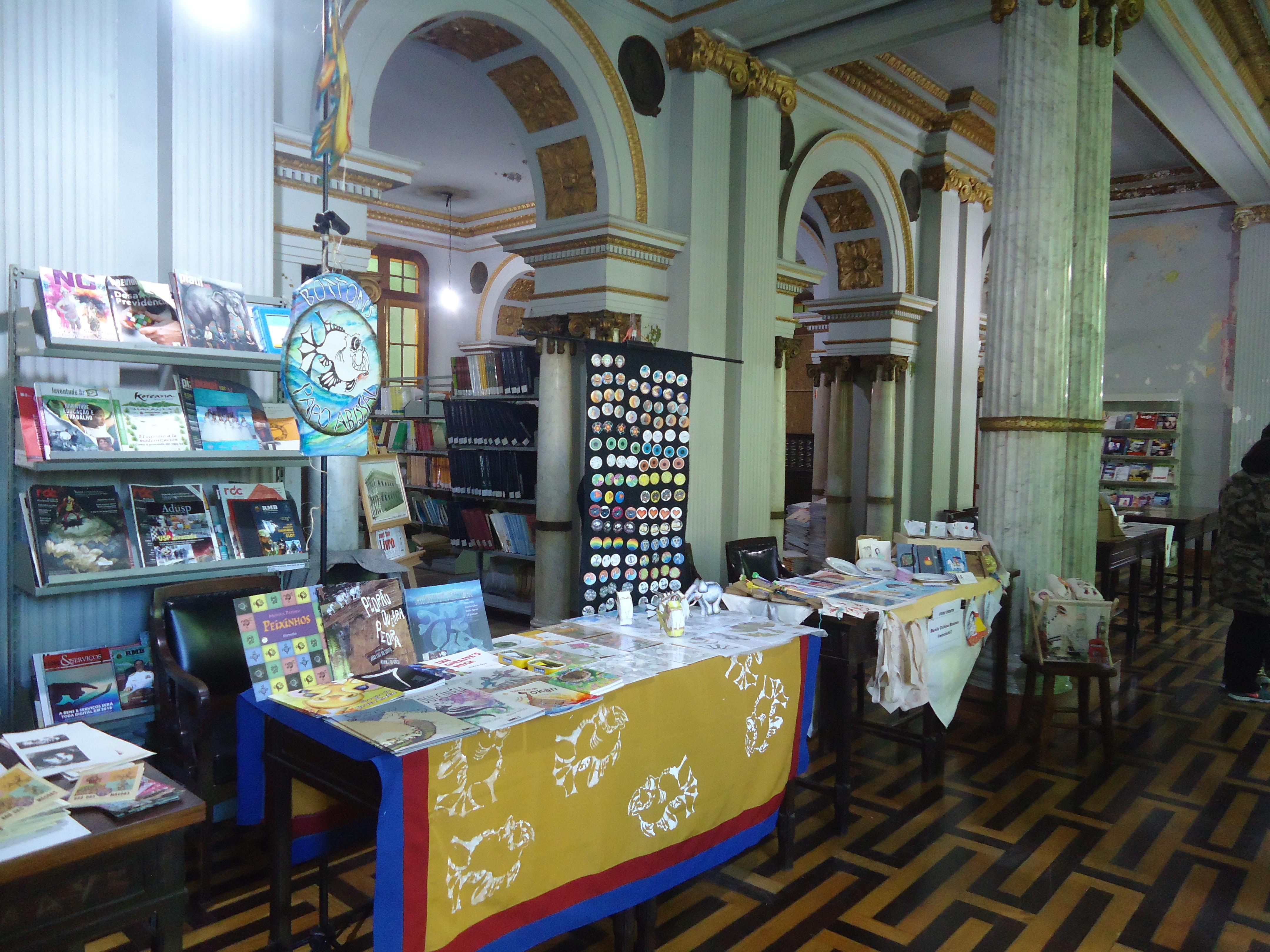 FEira_Gráfica_òrbita_na_Biblioteca_Estad