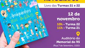 Alunos de segundo ano do Colégio ACM lançam livro na Feira de Porto Alegre