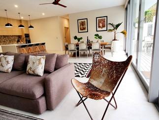 MT 4 Lounge to kitchen.jpg