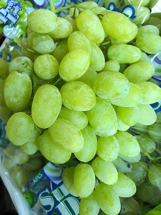 Pretty Lady Green Seedless Grapes (kg)