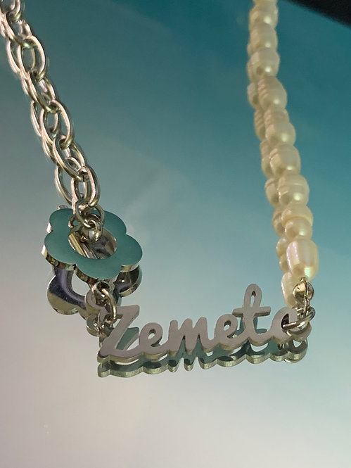 WATER PEARLS LOGO NECKLACE