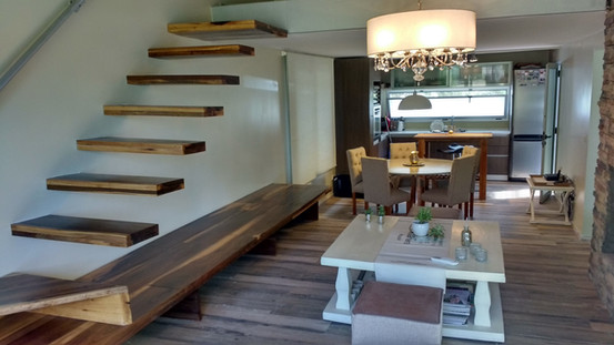 Escalera + Cocina