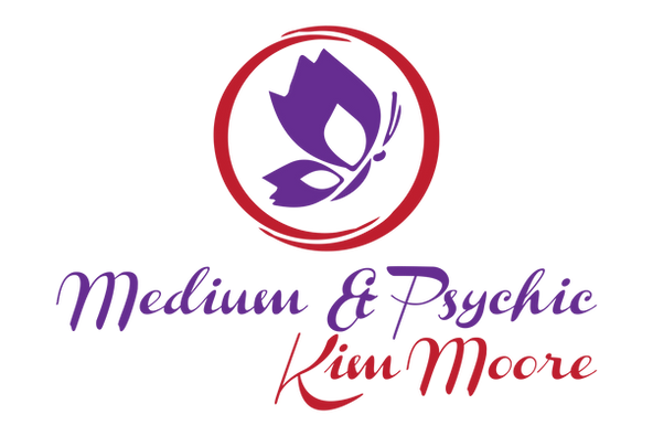 Medium & Psychic Kim Moore ff-01.png