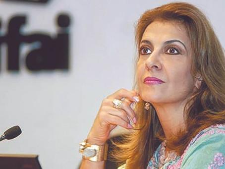 Lourdes Mendoza — Lo que desató María Elena