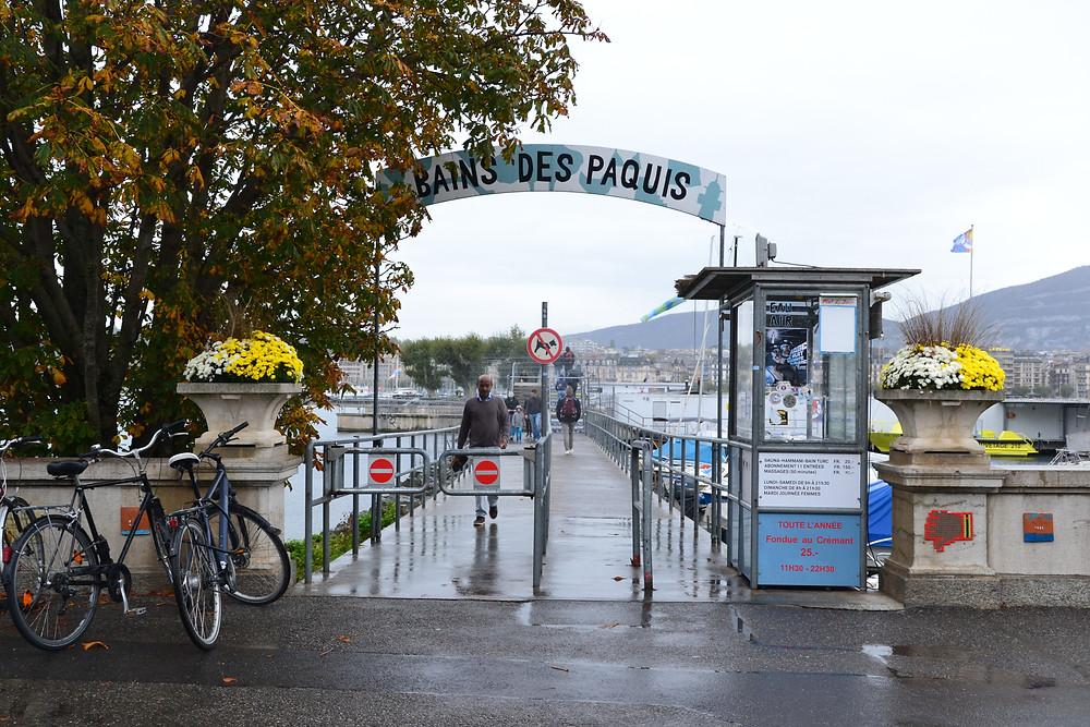 Bain des Pâquis sur le Lac Léman - Genève - Novembre 2019