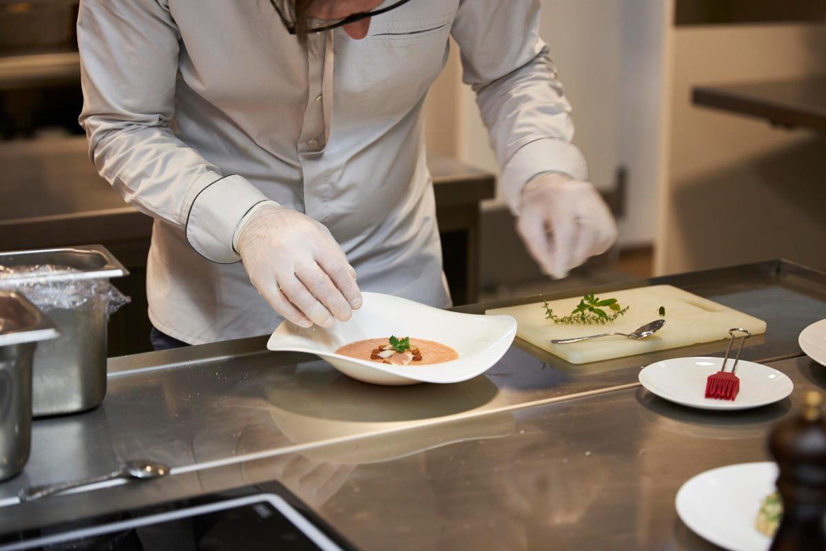 Georg in der Küche