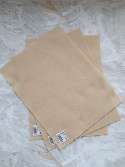 The Craft Factory Felt Ecru - Per Sheet