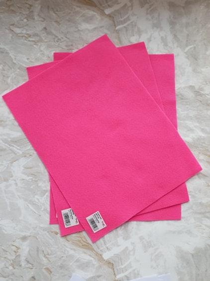 The Craft Factory Felt Shocking Pink - Per Sheet