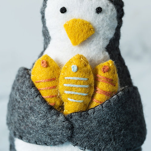 Penguin Felt Craft Mini Kit - Corinne Lapierre