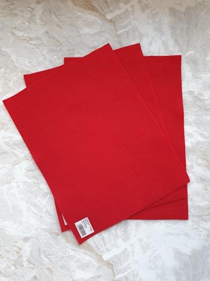 The Craft Factory Felt Oriental Red - Per Sheet
