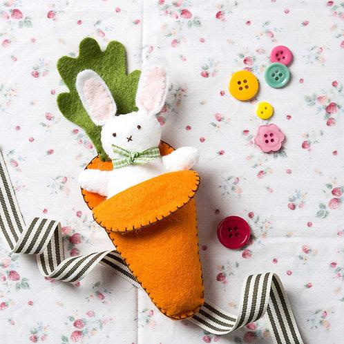 Bunny in Carrot Bed Felt Craft Mini Kit - Corinne Lapierre