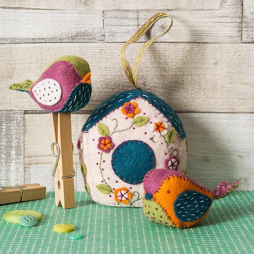 Birdhouse and Birds Felt Craft Kit - Corinne Lapierre