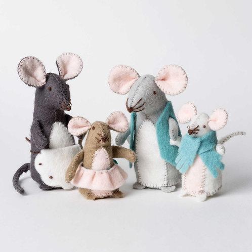 Mouse Family felt kit - Corinne Lapierre