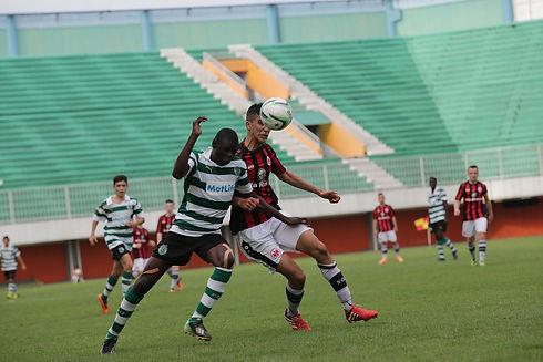 soccer-2222150_1280.jpg