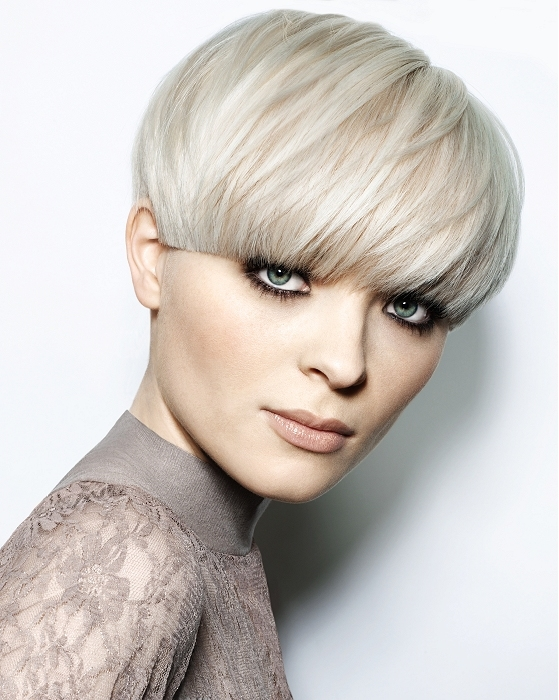 Short-Hairstyles-Ideas-2012-For-Women-12