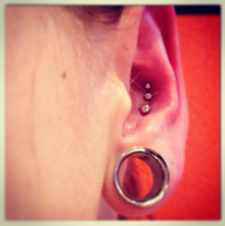 Piercing by Rossi-6.jpg