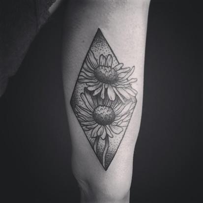 Tattoo by Myni-8.jpg