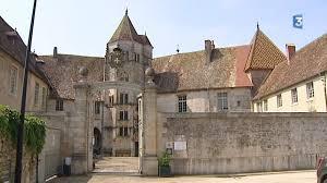 Chateau de Gy.jpg