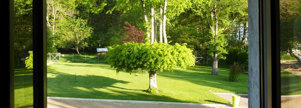 Chambre Marron vue sur le jardin