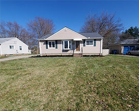 5847 Stearns Rd North Olmsted, OH