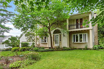 Craftsman Colonial  4 Bed 4 Bath  2628 Sq Ft 1 Acre  7566 Oak Hill Dr,  Chesterland OH 44026  Starting Bid $350,000