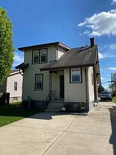 Move in ready, near park 2 Bed 2 Bath 2150 Sq Ft. .17 Acre 1122 Groesbeck Rd Cincinnati, OH Starting Bid: $120,000