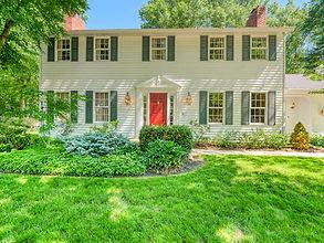 Avon Lake Colonial 4 Bed 2 Bath 2799 Sq Ft .43 Acres 380 Evergreen Ct Avon Lake, OH 44012 Starting bid: $359,000
