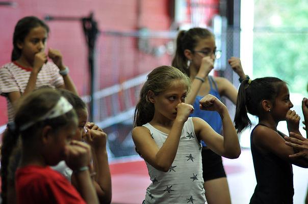 virtual self defense class for girls