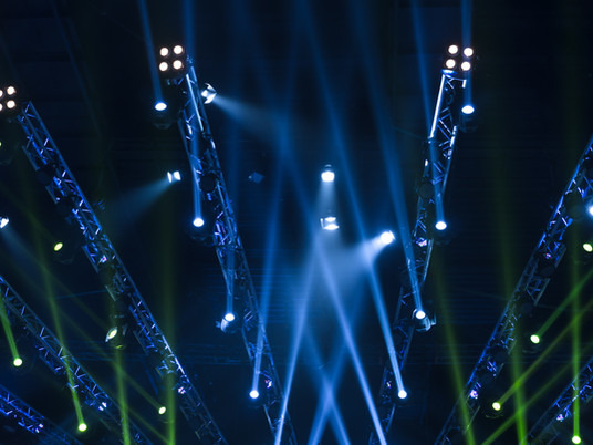 6 Types Of Commonly Used Event Lighting To Rent For Your Events