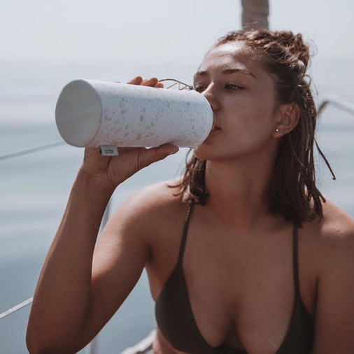6 WAYS TO STAY HYDRATED