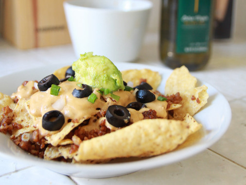 10-MINUTE YUMMY VEGAN NACHOS