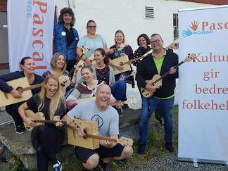 Fem kulturskoler får starthjelp til musikkaktivitet for mennesker med bistandsbehov