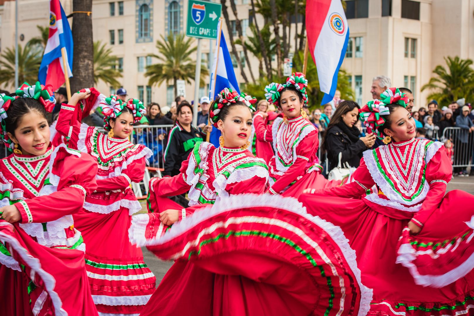 2018 Holiday Bowl Parade
