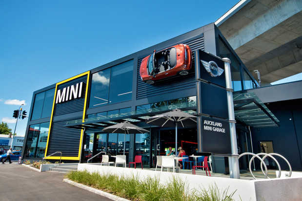 Mini Garage Newmarket