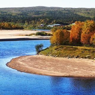 Autumn colours in Karigasniemi