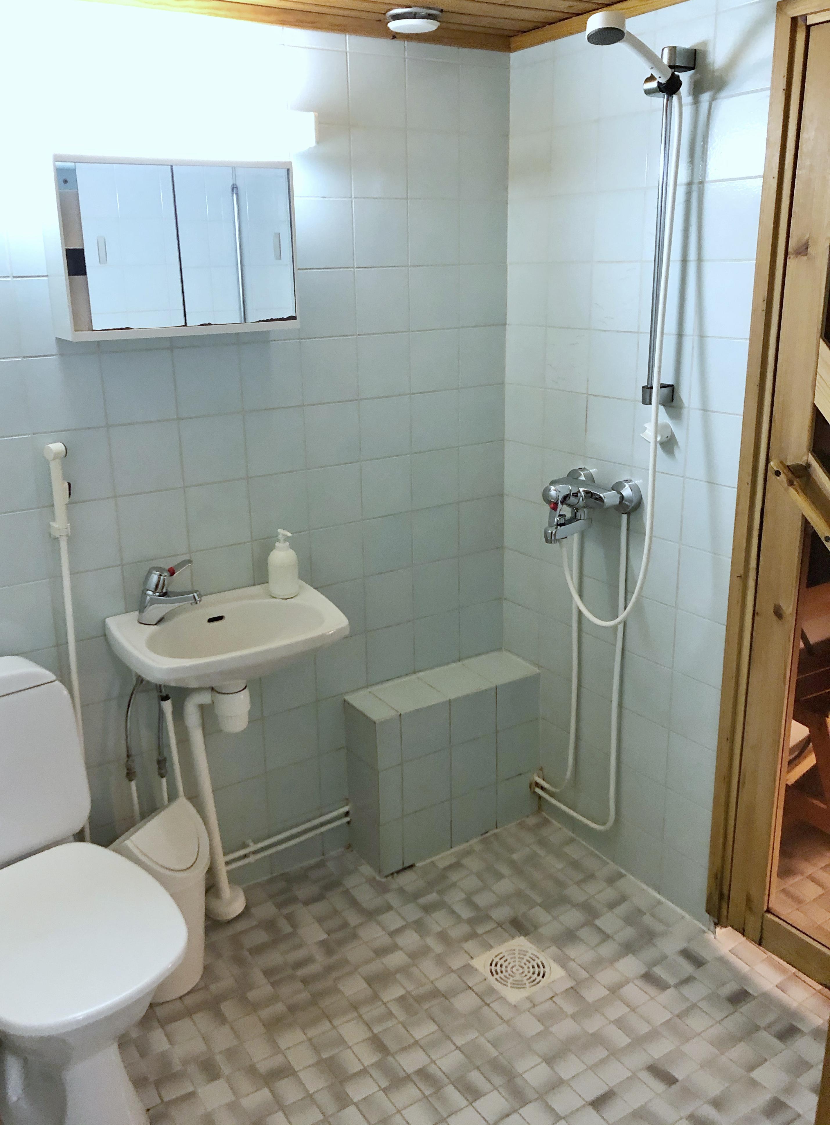 Poro WC