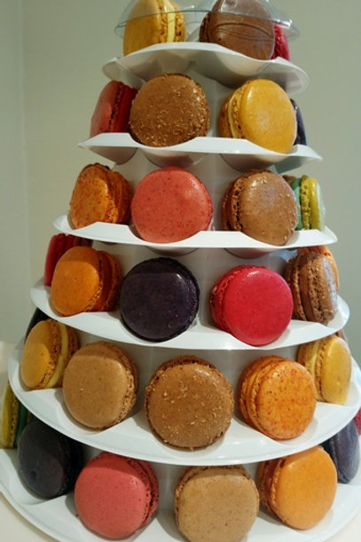 Pyramide de 66 Macarons