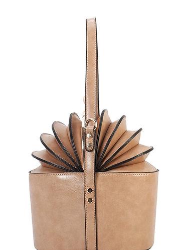Kiss lock accordion top bag