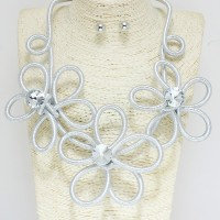 Flower Coil Necklace